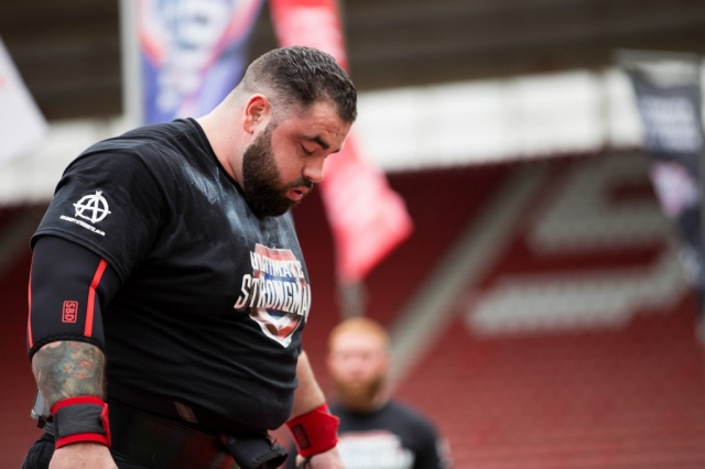 Charlie Gough at Ultimate Strongman Summermania 2017