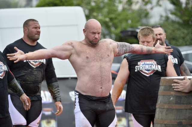 England's Strongest Man, Phil Roberts.